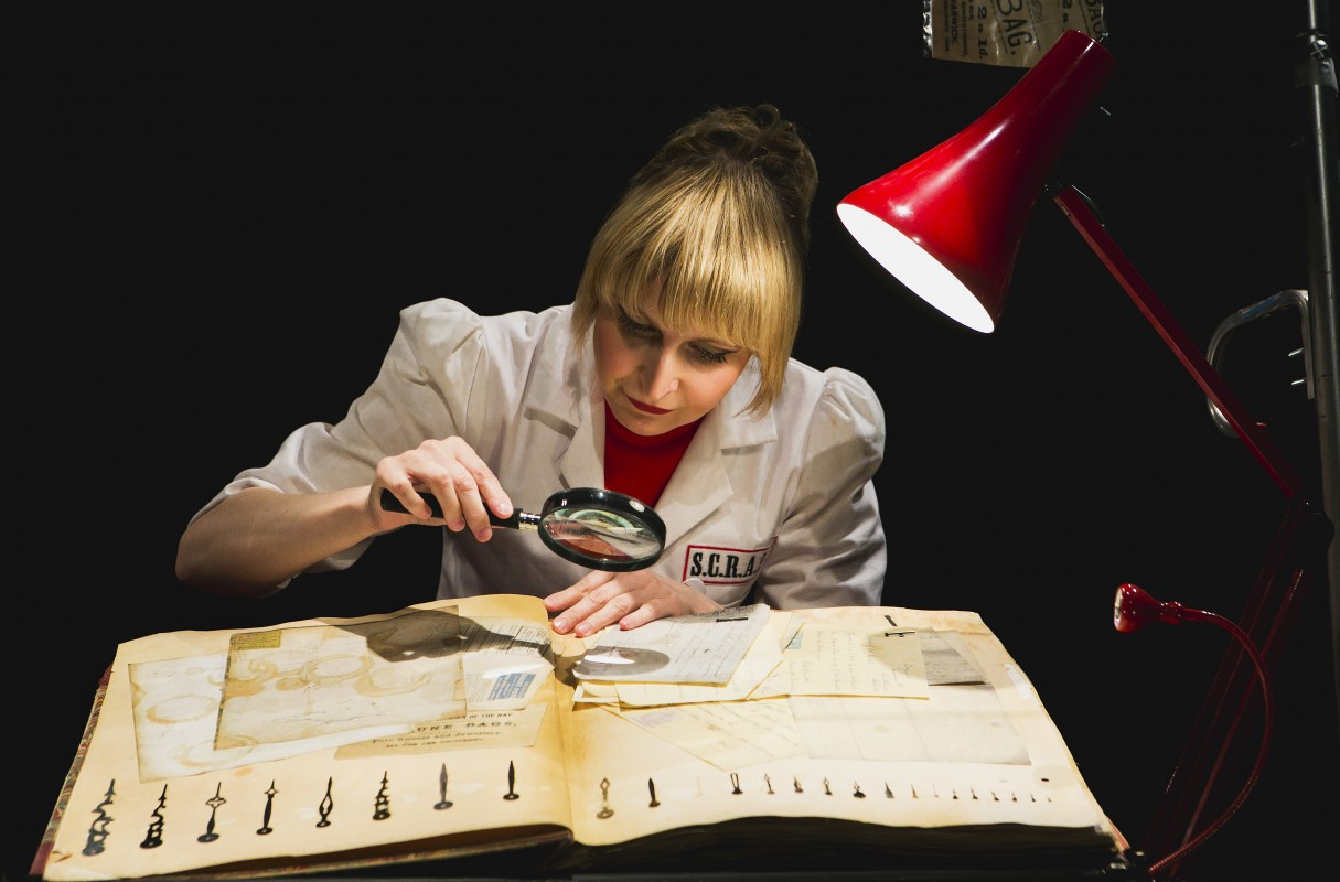 The curious scrapbook of Josephine Bean - Shona Reppe | Het Nationale Theater